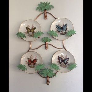 Metal Palm Tree Plate Holder w/ Plates